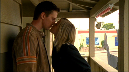 first kiss veronica mars
